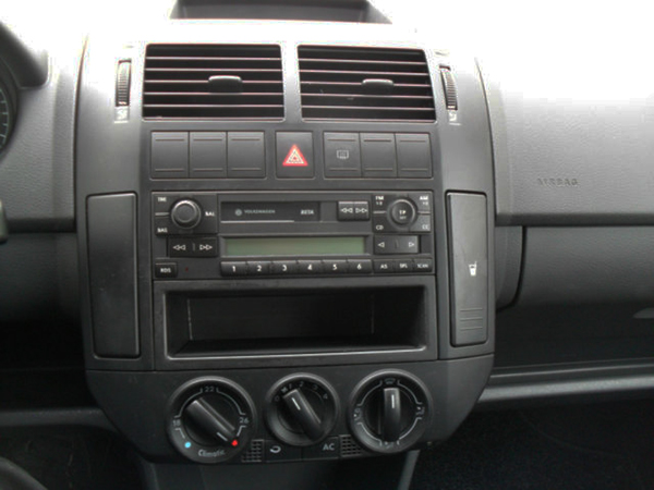 vw polo 2010 radio ausbauen volkswagen car. Black Bedroom Furniture Sets. Home Design Ideas