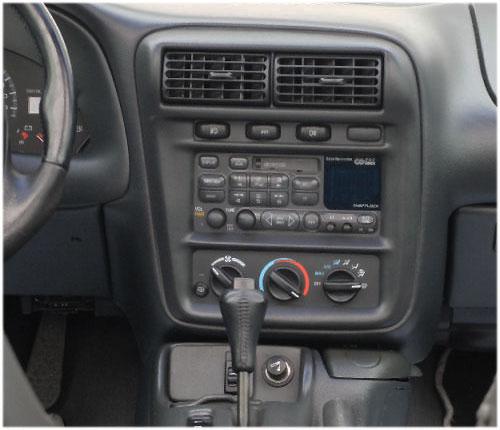 Chevrolet-Camaro-Radio-2000 Chevrolet Camaro Radioeinbauset 1 DIN mit Fach Chevrolet Camaro Radioeinbauset 1 DIN mit Fach Chevrolet Camaro Radio 2000