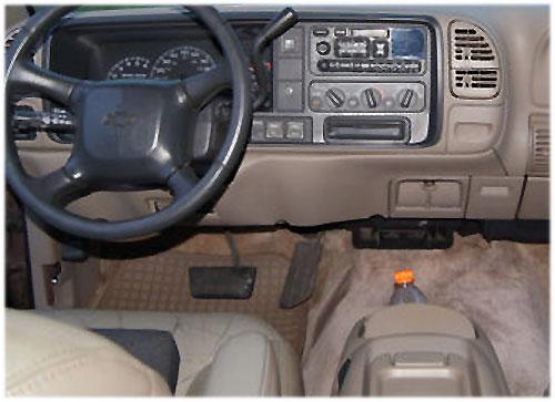Chevrolet-Surbuban-Radio-1998 Chevrolet Suburban Radioeinbauset 1 DIN mit Fach Chevrolet Suburban Radioeinbauset 1 DIN mit Fach Chevrolet Surbuban Radio 1998