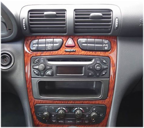 Mercedes-Benc-C200-Radio-2003 mercedes c200 lenkradfernbedienung mit 2 din autoradio einbauset Mercedes C200 Lenkradfernbedienung mit 2 DIN Autoradio Einbauset Mercedes Benc C200 Radio 2003