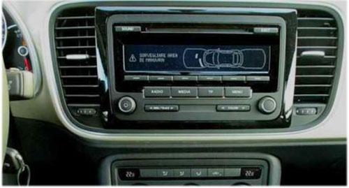 VW-Beetle-Radio-2015 VW Beetle Autoradio Einbauset mit Antennen Diversity VW Beetle Autoradio Einbauset mit Antennen Diversity VW Beetle Radio 2015