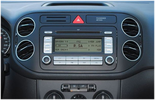VW-Golf-Plus-Radio-2008 VW Golf Plus Autoradio Einbauset Doppel DIN VW Golf Plus Autoradio Einbauset Doppel DIN VW Golf Plus Radio 2008