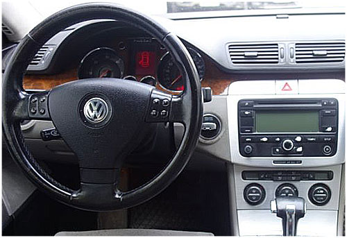 vw passat b6 lenkradfernbedienung mit autoradio einbauset. Black Bedroom Furniture Sets. Home Design Ideas